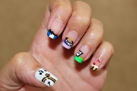 funny happy manicure