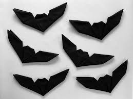 bat napkin folding with pictures