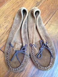 minnetonka womens boots size 11 8016 best minnetonka s moccasins images on