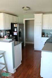 paint kitchen cabinets white diy painted kitchen cabinets with benjamin simply white