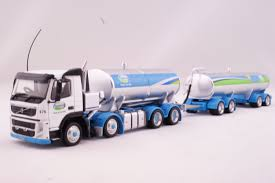 volvo truck trailer awesome diecast nz volvo fm500 milk tanker truck trailer