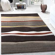 Wohnzimmer Mit Teppichboden Einrichten Funvit Com Wohnzimmer Einrichten Graue Couch