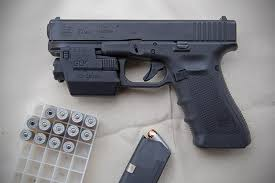 laser light combo for glock 22 glock 22 tan with crimson trace laser grip laser guns pinterest