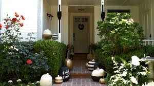 Outdoor Halloween Decorations  Yard Decorating - Outside home decor ideas