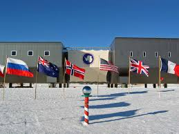 Antarctic Flag The Only Peaceful Continent The Antarctic Treaty