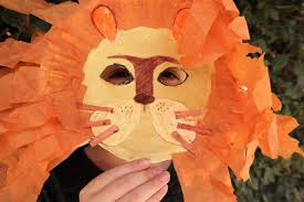 lion mask craft lion king inspired craft paper plate lion mask giveaway that s