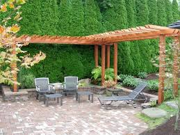Patio Backyard Ideas Backyard Patio Ideas I Like The Partial Pergola And The Tall
