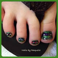 teenage mutant ninja turtle toes nails by raquelle del torro
