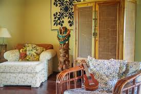island home decor hawaiian style decorating with souvenirs at noel morata s island
