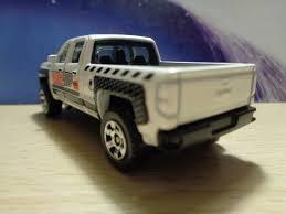 matchbox chevy impala j and j toys matchbox 14 chevy silverado 1500