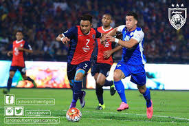 buy nike boots malaysia malaysian player debuts unreleased purple nike magista obra 2016