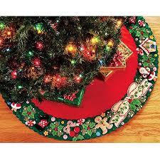 engelbreit wreath tree skirt felt applique kit 42