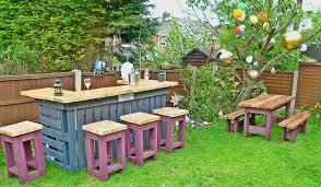 Pallets Garden Ideas Pallets Made Garden Table With Stools Pallet Ideas Recycled