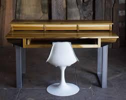 Compact Modern Desk Midsize Modern Wood Recording Studio Desk For Composer