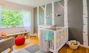 chambre bébé grise et blanche chambre bb gris et jaune trendy mlange de couleurs et motifs