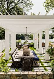 White Patio Dining Set by Best 25 Outdoor Dining Tables Ideas On Pinterest Patio Tables
