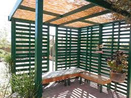 Pallets Patio Furniture by Pallet Patio Shade Youtube