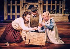review of the railway children at royal u0026 derngate derngate