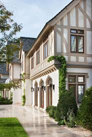 tudor style houses best 25 tudor house exterior ideas on pinterest english tudor