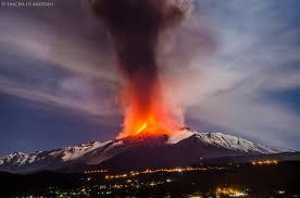 aktuelle vulkanausbrüche ätna aktuell ausbruch etna live update go etna