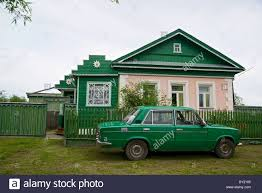 the picture of typical old fashioned house on the roads of russia
