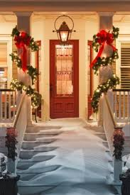 50 stunning christmas porch ideas style estate 28 christmas decorating ideas for your front porch