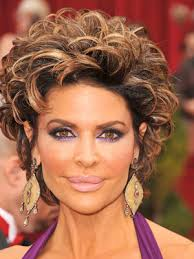 what is the texture of rinnas hair style haven lisa rinna short hairstyle lisa rinna short haircut