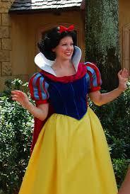 Halloween Costumes Snow White Kristen Influences Halloween Costume Choices Snow White