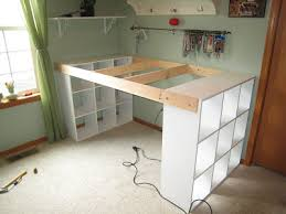 instructions for making craft table using cubicles on the ends