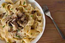 cuisiner des cepes frais pappardelle aux cèpes la cuisine italienne