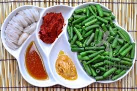 pad prik khing goong stir fried shrimp and green beans with chili