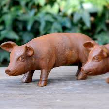 piglet garden ornament flower studio shop