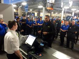 bestbuy thanksgiving hours how best buy stores rehearse for thanksgiving black friday best
