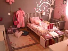 d o chambre fille 3 ans stunning idee deco chambre fille 3 ans ideas amazing house