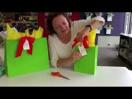 how to use tissue paper in a gift box ps stores how to put tissue in a gift bag