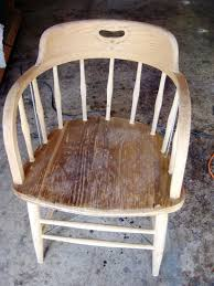 2 Piece Wood For Camping Chairs How To Paint Wood Furniture With An Aged Look How Tos Diy