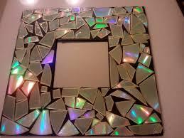obiecte handmade 1 rama oglinda handmade decorata cu mozaic din bucati de cd