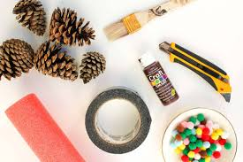 diy pinecone wreath tutorial with mini pom poms
