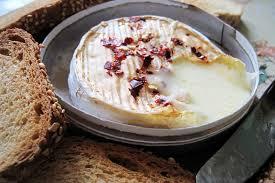 une normande en cuisine une fondue oui mais une fondue normande calvados pour elles
