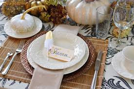 diy thanksgiving table with gold feather polka dot place cards