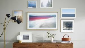 How To Design A Gallery Wall by How To Create A Gallery Wall Or Salon Style Hang For The 21st Century