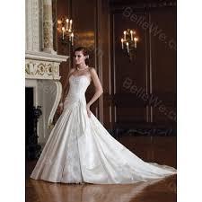 robe de mariã e traine robe de mariée a ligne en satin longue bustier blanche dentelle