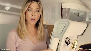 what is the formula to get jennifer anistons hair color jennifer aniston makes a cute new friend in new emirates airlines