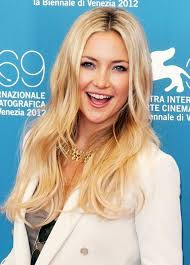 long hairstyles layered part in the middle hairstyle kate hudson long layered haircuts popular haircuts