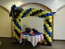 Batman Table Decorations 33 Best Balloon Decorations For Kids Parties Images On Pinterest