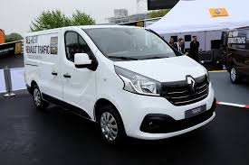renault trafic 2010 new renault master panel van unveiled at cv show autoevolution