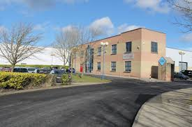 warehouses commercial units and industrial properties to let in