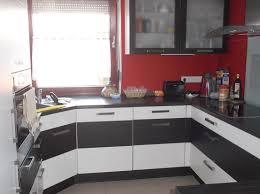 Moderne Einbauk Hen Häuser Zum Verkauf An Der Schießmauer Schwaikheim Mapio Net