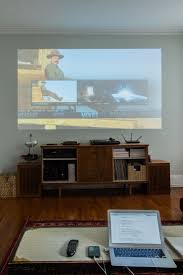 House Tv Room by Best 20 Projector Tv Ideas On Pinterest Projection Screen Tv
