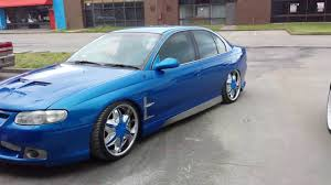 holden vt hsv ss sv6 bonnet guards blue pearl monster wheels